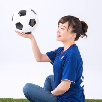 スポーツを考えている女性